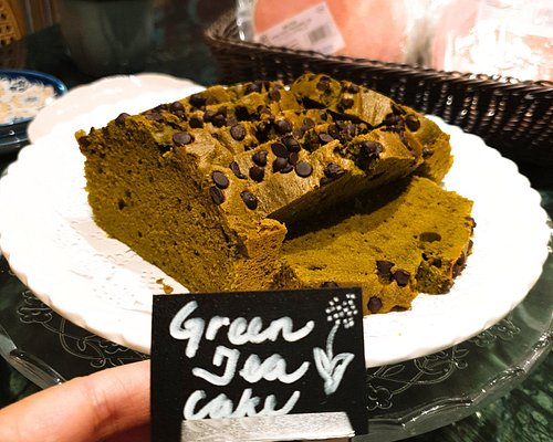 This is home made green cake and its always selling well and finished within one hour.must pre-order each time.They use original Japanese green tea powder plus premier dark chocolate,taste nature but not too sweeet.
