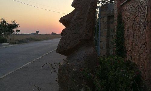 По дороге из Мирного в сторону кооператива Нептун и отеля Кристи