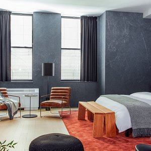 Discover a new way to live while you travel. More space to work, rest, and explore NYC.