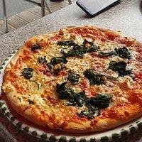 leckere Pizza im Giovanni