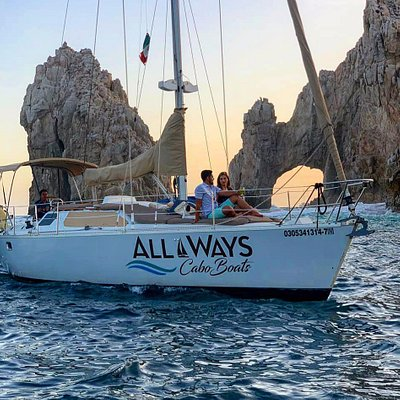 Want to take a picture of the sunset like this one? Come and take the All Ways Cabo Boats Sunset Tour!