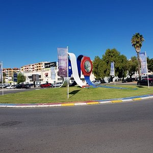 Nice feature on the roundabout.