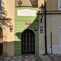 The smallest house in Prague