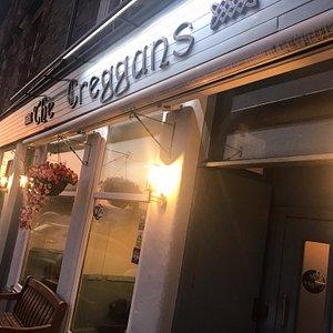 The Creggans-GREAT PUB!!