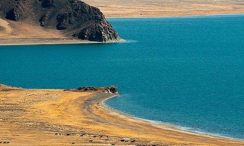 Le lac Tolbo