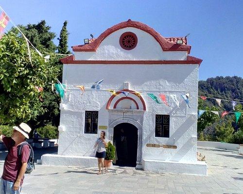 Über dem Tal liegt das kleine Kloster Kalopetra