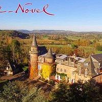Château de Castel Novel dans la campagne