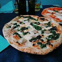 pizza salsiccia e friarielli, un classique!!