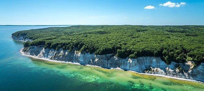 VIP chalk cliffs helicopter sightseeing flight