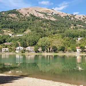 Lago e monte Sirino