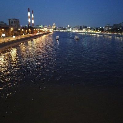 Вид с Бережковского моста