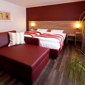 Doppelzimmer mit Zustellbett verfügbar