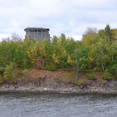 Old mining head-frame on Newman Island