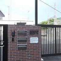 多摩川第一発電所と多摩川第三発電所でつくられる1年間の電力量を合わせると一般家庭のおよそ35,000世帯分の使用量に相当する電気を生み出すそうです。