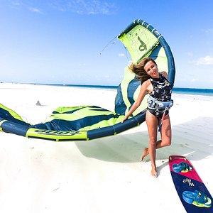 Kenya Kitesurfing at Diani Beach! KiteMotion Kiteschool