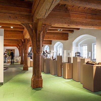 Blick in die neue Dauerausstellung des Museums Brpot und Kunst