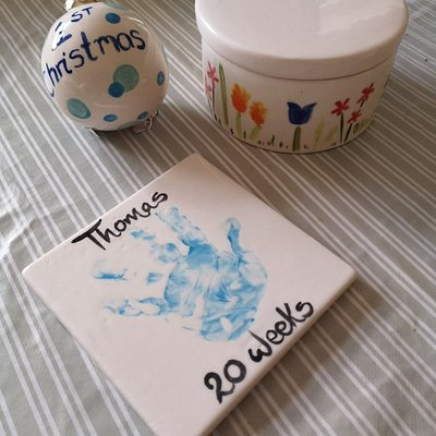 Bauble, trinket box and mat coaster