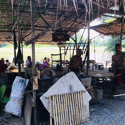 A lovely marketplace for street food, local products and some entertainment.  Vendor dressed in old-style Thai traditional dresses and some even spoke in that old-fashioned way.  It felt like going back in time.  Lots of seating near the river.  They are opened only on weekend.