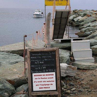 c'est ici que se trouve la navette maritime qui fait l'aller et retour Barcaggio – Macinagio.