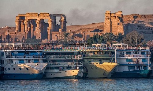 5 Days 4 Nights Private Nile Cruise from Luxor to Aswan with Private Guide.