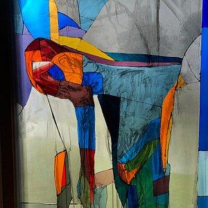 En af Peter Brandes' glasbilleder i kirken
