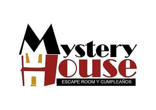 Escape Room en Cáceres,  Centro de ocio para todos los públicos. En el centro de Cáceres capital. Varias salas para elegir diferentes aventuras. Celebramos cumpleaños y despedidas de Solter@s. Te esperamos en Mystery House.