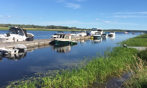 The Gagetown Marina goes along the waterfront in front of Lang House. Beautiful spot in the summer to dock your boat.