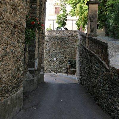 Allégorie de Mariane, symbole de liberté, cette femme deviendra  emblématique de la Corse.