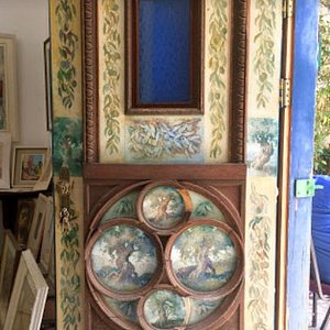 Just one of a couple of the magnificent painted doors of the gallery. The gallery itself has some unique Jewish artworks ranging from impressionistic to cubist.