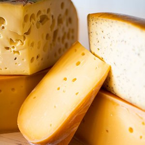 Dutch cheese. Want to take some home? No problem! We can vacuüm your cheese.