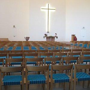 Innenraum Blickrichtung Altar