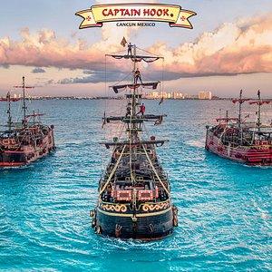 The Original Pirate Batte in Cancun