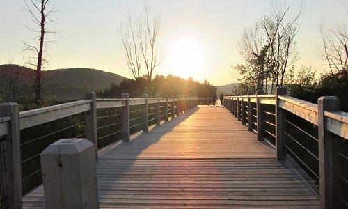 La passerelle panoramique située à quelques pas du Parc Plage