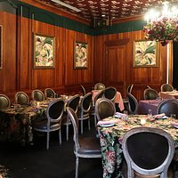 Jack Rose at the Pontchartrain Hotel, 2031 St Charles Ave, New Orleans - Dining Room