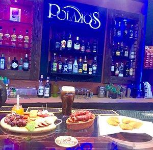Polakos Bar Cabanas