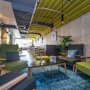The Green Lounge & Bar