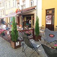 Garden before Café Bristolka