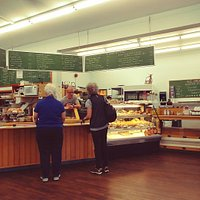 Highwheeler Cafe & Bakery - Order Counter