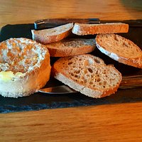 Toasts de Foie Gras mi-cuit