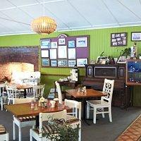 Lake Barrine Tea House店内