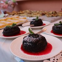 the molten cake, is a fusion of delicious dark chocolate taste and a lot of caring while preparing it.