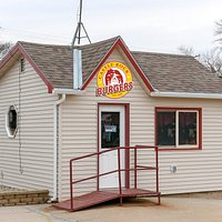 Castle Rock Burgers offers guest fast food via a walk up window. We serve 100 percent American beef burgers, along with brats, hot dogs, Mexican and Filipino dishes.