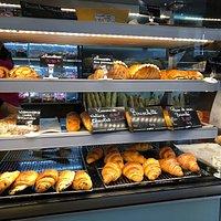 Viennoiseries à la Boulangerie «Au Bon Pain» de Garges-lès-Gonesse