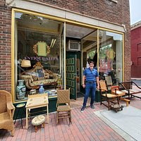 Great window displays on this corner spot will draw you in!