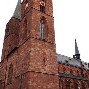 Соборная церковь (Нойштадт-ан-дер-Вайнштрассе)