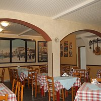"""Taverna """"Yianni's Ouzeri"""""""