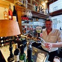 Goûtez la Jenlain, notre bière locale, disponible en Blonde ou Ambrée (7,5°).