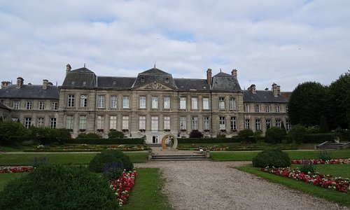 La façade Est de l'Hôtel-de-Ville