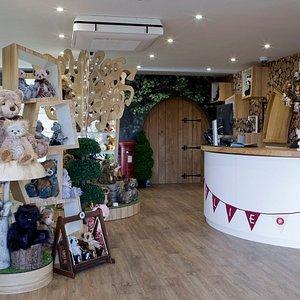 Charlie Bears - Gallery Shop