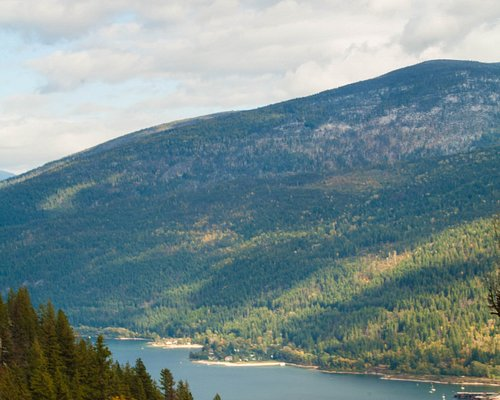 """Looking north at the Kootenay River and the """"Big Orange"""" bridge from Pulpit Rock Nelson B.C. 09/09/19"""